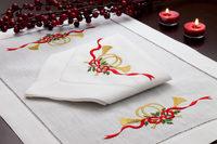 M82568C - Christmas Horn Placemats